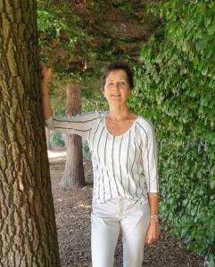 Yvonne Ros